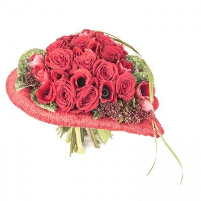 Свадебный букет с надписью я тебя люблю, красивый букет из миллиона розы