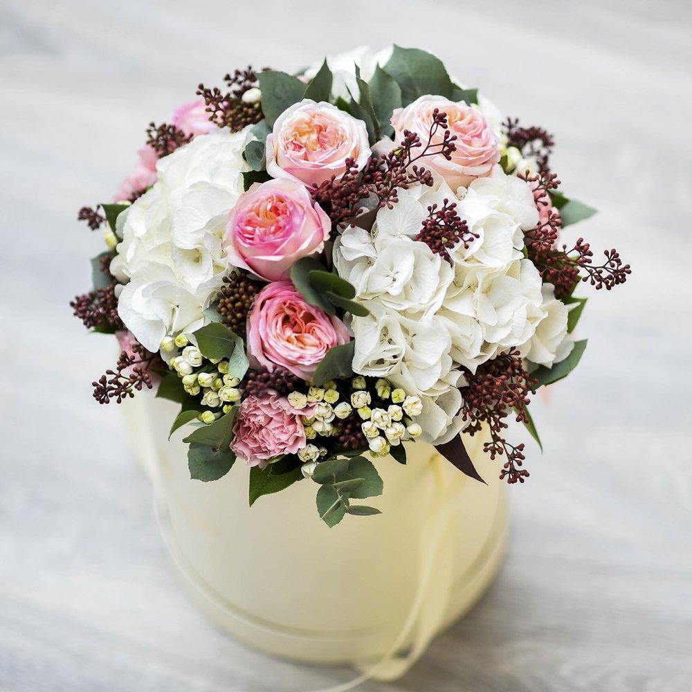 Возвышенность (в коробке): букеты цветов на заказ FlowWow